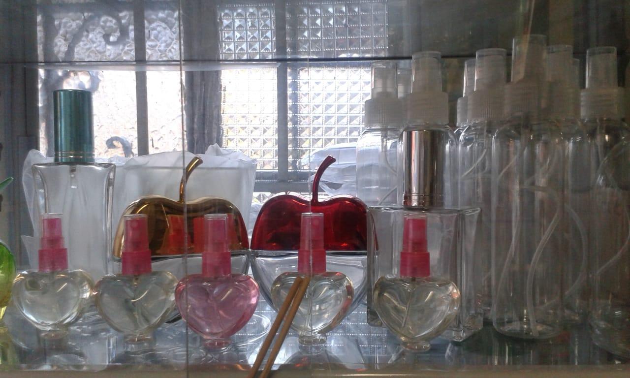 Perfumería_y_sus_envases